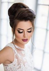 Get Bridal Hair stylist and Makeup Services in Toronto